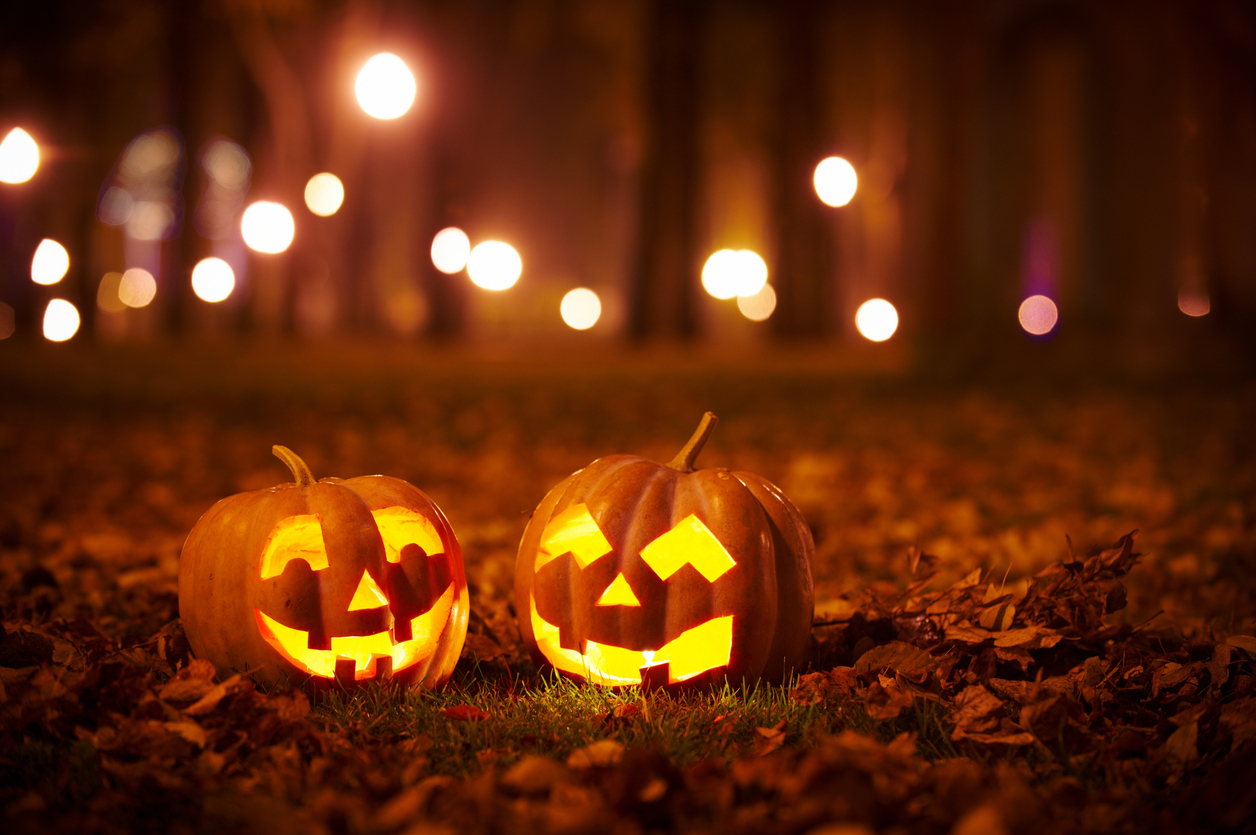 How to Spend a Safe Yet Scary Good Halloween in New York City?